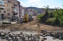 Akasya Sokak'ta Çalışmalar Sürüyor