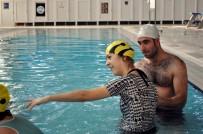 OTIZM - Ampute Milli Takım Oyuncusu Gözüaçık Engellilerin Engelleri Aşmasına Da Yardım Ediyor