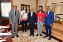 AÇIKÖĞRETİM - Anadolu Üniversitesinin Ödüllü Sporcularından Rektör Gündoğan'a Ziyaret