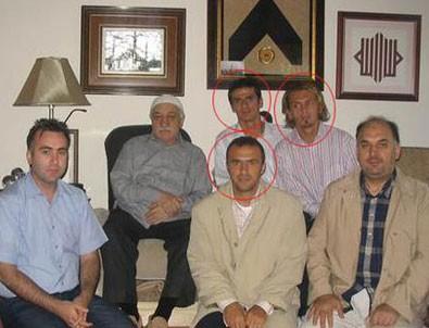 Bilgisayarından Gülen'in eski futbolcularla fotoğrafı çıktı...
