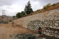 Bitlis'te İstinat Duvarı Çalışmaları Devam Ediyor