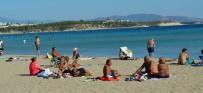 HAVA SICAKLIKLARI - Didim'de Ekim Ayında Plaj Keyfi