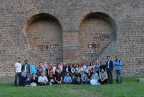 SIYAH BEYAZ - Fotoğrafçılar Diyarbakır'da buluştu