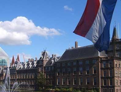 Hollanda hükümetinden belediyelere esrar yetiştirme izni