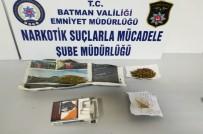 Parkta Uyuşturucu Madde Kullanan 2 Kişi Gözaltına Alındı