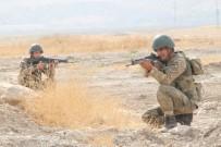 ZIRHLI ARAÇLAR - Sınırda Devam Eden Tatbikatta Askerlere Sızma Ve Düşman Ateşine Karşı Eğitimler Verildi
