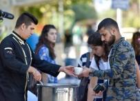 KAZIM ÖZALP - Üniversite Öğrencilerine Aşure