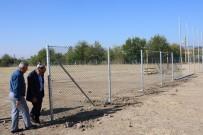 ÜÇPıNAR - Yunusemre'de Spor Alanları Düzenleniyor