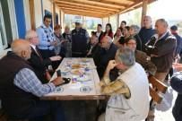 HALK MECLİSİ - Başkan Kurt, Halk Merkezinde 75. Yıl Mahallesi Sakinleri İle Buluştu