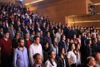 OSMAN NURİ CANATAN - Bergama'da Yılın Ahisi Seçilen Terzi Ahmet Tutar'a Plaket