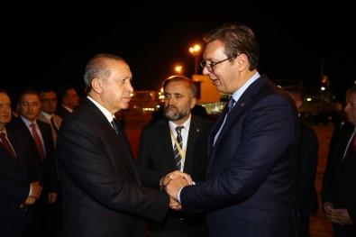 Cumhurbaşkanı Erdoğan, Sırbistan'dan ayrıldı.