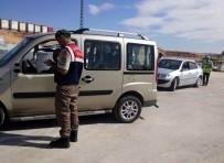 TRAFİK DENETİMİ - Gaziantep'te Jandarma Ve Polis Birlikte Trafik Uygulaması Yaptı
