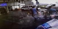 KALP MASAJI - Kalp Krizi Geçiren Yaşlı Adam Halk Otobüsü İle Acile Getirildi