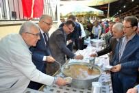 PAZARCI ESNAFI - Pazarcılar Ağızları Aşure İle Tatlandırdı