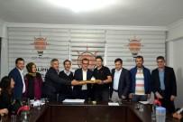 MUSTAFA DEMIR - Salihli AK Parti Görev Dağılımı Yaptı