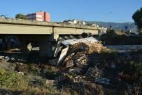 HAYVAN PAZARI - Söke'de Kamyon Köprüden Uçtu Açıklaması 1 Yaralı