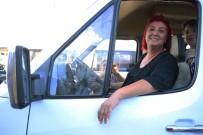 KADIN ŞOFÖR - Tam 22 Senedir Servis Şoförü