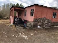KÖY MUHTARI - Varto'da Cem Ve Taziye Evi Yandı