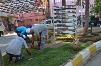 ÇOCUK HASTANESİ - Yunusemre'de Çevre Düzenlemeleri Sürüyor