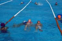 YÜZME - Yunusemre'de Kış Dönemi Yüzme Kursu Başlıyor