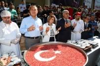 MUHARREM AYI - Başkan Sözlü'den Vatandaşa Aşure İkramı