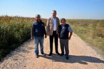 ALI ÖZKAN - Belediyen Çiftçilere Yol Desteği