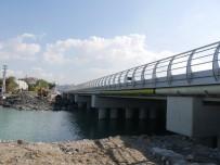 KADIR TOPBAŞ - Büyükçekmece'de Çöken Köprü Yeniden Hizmete Açılıyor