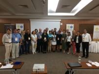 BILIM ADAMLARı - Düzce Üniversitesi Uluslararası Bal Ve Arıcılık Kongrelerine Katıldı