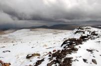 KAR UYARISI - Erzurum'da Kar Yağışı