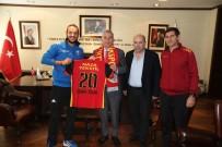 OSMAN ZOLAN - Kızılcabölükspor'dan Başkan Zolan'a Teşekkür