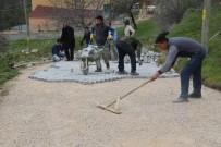MEHMET NEBI KAYA - Köy Yolları Çamurdan Kurtarıldı