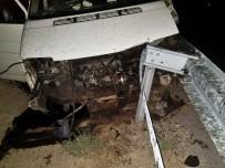 TEKMEN - Öğrencileri Taşıyan Minibüs Kaza Yaptı Açıklaması 7 Yaralı