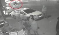 TARLABAŞı - Otomobilin Kağıt Toplayıcıya Çarptığı Feci Kaza Kamerada
