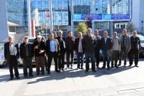 YOL ÇALIŞMASI - Vatan Mahallesi Sakinlerinin Yol Sıkıntısı Alternatif Yol İle Bitecek