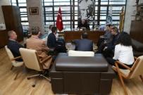 AHMET ÇELIK - Başkan Kurt Kütüphanecilerle Buluştu