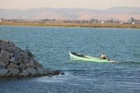 SU ÜRÜNLERİ - Beyşehir'de, Balıkçılar Bilinçsiz Avlanmadan Dertli