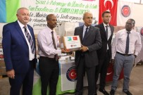 CIBUTI - Cibuti'de 400 Bin Kişiye İlaç Desteği