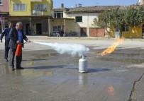 Denizli'de İtfaiye'den Muhtarlara Yangın Eğitimi