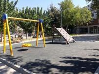 YıLDıRıM BEYAZıT - Efeler Belediyesi Parkları Yenilemeye Devam Ediyor