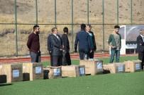 MUSTAFA GÜR - Elazığ'da Amatör Kulüplere Malzeme Yardımı