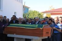 DEDE MUSA BAŞTÜRK - Fransa'daki Yangında Ölen Nihal Ertunç, Erzincan'da Defnedildi