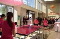 MEME KANSERİ - Masa Tenisi Bayan Milli Takımı Meme Kanserinde Farkındalık İçin Oynadı