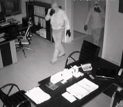 OKSİJEN TÜPÜ - Tam Teçhizatlı, Maskeli Çelik Kasa Hırsızları Yakalandı