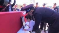 AYKUT PEKMEZ - Şehit Polis Memuru Son Yolculuğuna Uğurlandı