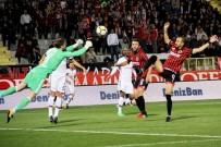 TOLGA ZENGIN - Süper Lig Açıklaması Gençlerbirliği Açıklaması 1 - Beşiktaş Açıklaması 0 (İlk Yarı)