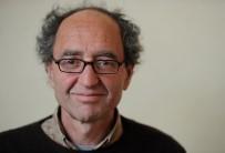 DÖVİZ BÜROSU - Türkiye'nin Kırmızı Bültenle Aradığı Yazar Doğan Akhanlı, Köln'e Geri Dönüyor