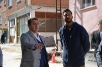 YENIDOĞAN - Yenidoğan Mahallesi'nde Elektrik Kabloları Yer Altına Alınıyor