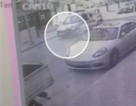 ZABITA MEMURU - Zabıta Kapıyı Açtı, Bisikletli Çocuk Ölümden Döndü