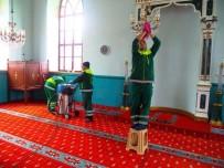 BEYOĞLU BELEDIYESI - Beyoğlu'nda Temizliğin Mesaisi Yok