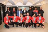 İMDAT SÜTLÜOĞLU - ÇAYKUR Genel Müdürü İmdat Sütlüoğlu Dünya Rafting Şampiyonları'nı Kabul Etti